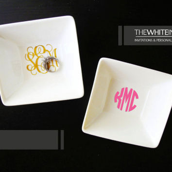 Large Monogrammed Ring Dish - Jewelry Holder - Hostess Gift