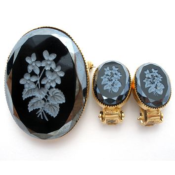 Carved Floral Black Onyx Brooch & Earrings Vintage