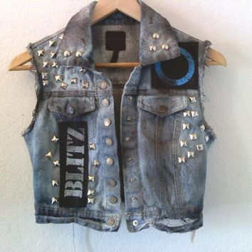 Punk Jacket Vest / Denim / Jean / Sleeveless / Band / Oi / 70s / 80s / Los Angeles / London / England / Street Style / Festival /Summer