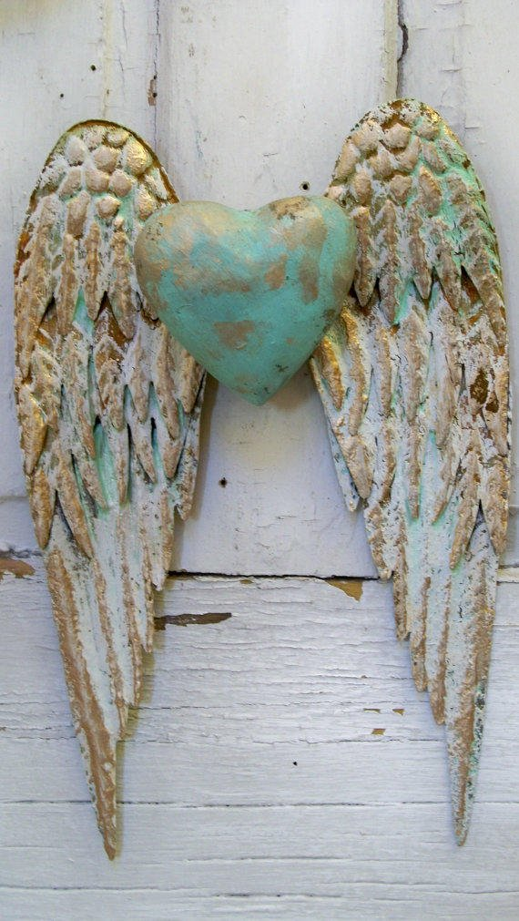 Angel wings wall decor with heart white from ...