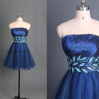 Dark navy tulle prom dress,satin strapless homecoming gowns short,cheap beaded dress for holiday party,unique cocktail dress.