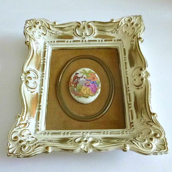 Vintage Victorian Picture Ceramic Cameo Courting Couple Victorian Wall Hanging Art Deco Victorian Revival Picture Frame Fragonard Home Decor