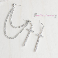 Rhinestone Cross Chain Cartilage Piercing