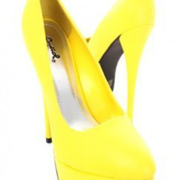 Yellow Crinkle Faux Leather Round Toe Platform Heels @ Amiclubwear Heel Shoes online store sales:Stiletto Heel Shoes,High Heel Pumps,Womens High Heel Shoes,Prom Shoes,Summer Shoes,Spring Shoes,Spool Heel,Womens Dress Shoes,Prom Heels,Prom Pumps,High Heel