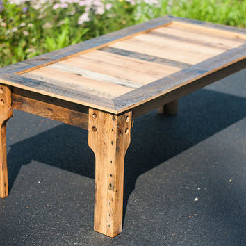 Reclaimed Wood Coffee Table - Pallet Coffee Table - Pallet Furniture - Rustic Coffee Table - Wood Pallet Furniture - Industrial Coffee Table
