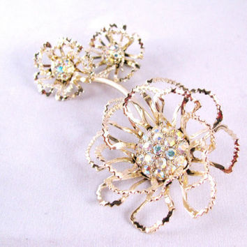 Sarah Coventry Brooch Earrings Set Rhinestone by colorsoulartistry