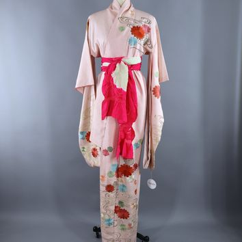 Vintage 1960s Silk Kimono Robe Furisode / Pink & White Embroidered Floral