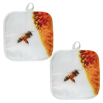 Honey Bee in Flight All Over Pot Holder (Set of 2)
