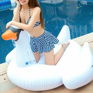 Small Size Inflatable 60 inch 1.5M Giant Swan Ride-On Pool Toy Float inflatable swan pool Swim Ring Holiday Water Fun Pool Toys