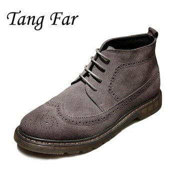 Men Ankle Boots Vintage Brogue Shoes Genuine Leather High Top Desert Boot Mens Carved Bullock Shoes Retro Botas Male