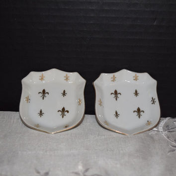 Ardalt Japan Butter Pat Dishes Fleur de Lis Pair Tea Bag Rest Butter Pat Dish French Decor Shabby Chic Decor Gold White Ring Holder Dish