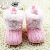 Crochet/knit Boots Booties Toddler Girl winter Sow Crib Shoes