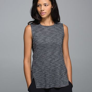 yogi muscle tee | women's tops | lululemon athletica