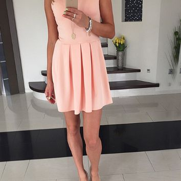 Plain Sleeveless Pleated Dress