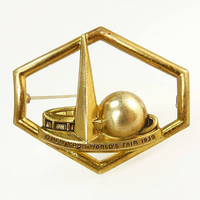 1939 World's Fair Brooch Art Deco Trylon & Perisphere
