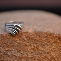 Petit Sterling Silver Wave Ring