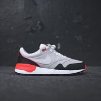 NIKE Air Odyssey LTR - Summit White / Black / Bright Crimson