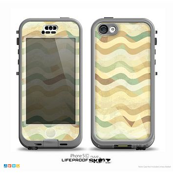 The Green and Yellow Wave Pattern v3 Skin for the iPhone 5c nüüd LifeProof Case