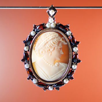 Vintage Art Deco Shell Cameo Sterling Silver Seed Pearls Garnet Pin Pendant RARE