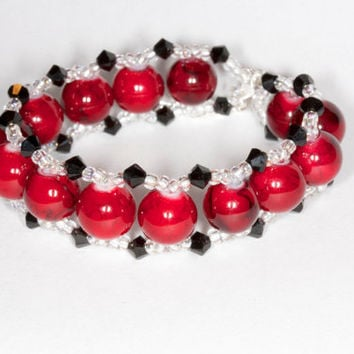 Red glass beads bracelet