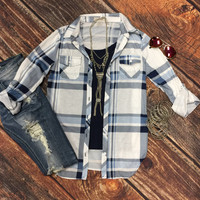 Penny Plaid Flannel Top: Blue/Grey