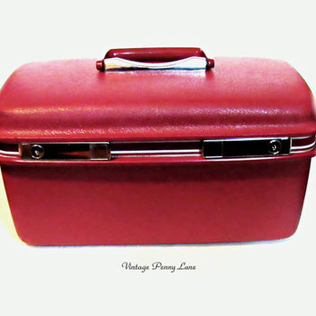 Vintage Samsonite Vanity Train Case, Burgundy Hard Luggage Bag, Makeup Case