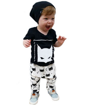 2016 summer new baby boys clothes cartoon batman short sleeve tshirt+pants jumpsuit newborn infant rompers baby girl clothing