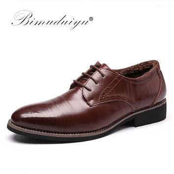 High Quality Oxford Shoes Men Brogues Shoes Lace-Up Bullock Business Dress Shoes Male Formal Shoes