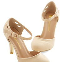 ModCloth Vintage Inspired Dreamy Downtown Heel
