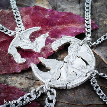 4 Best Friends Silver Wolf Necklaces, Wolf pack by Namecoins