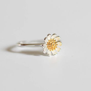 Refresh Chrysanthemum Flower Ring