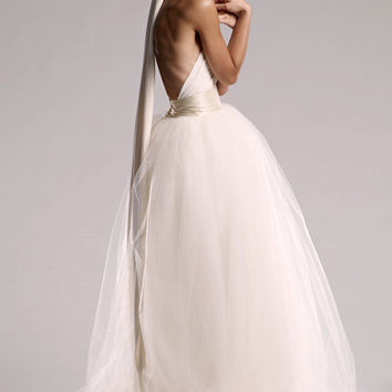 VINTAGE ORIGIN Infinity Wedding Dress in Pearl White