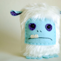 Yeti Plush Fur Ooak. by peludossa on Etsy