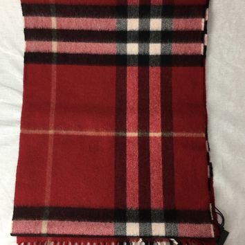 Burberry Cashmere Scarf in Check