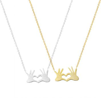 Stainless Steel Chain Jewelry Double Hand Love Heart Necklaces Pendants for Women Gold Statement Necklace 2018