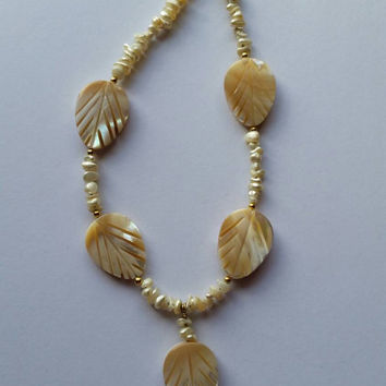 Mother of pearl necklace, carved leaves necklace, cream necklace,mothers day gift,