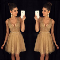 Champagne A-Line Bling Beaded Homecoming Dresses Deep V Neck Short Lace Girls Graduation Dresses