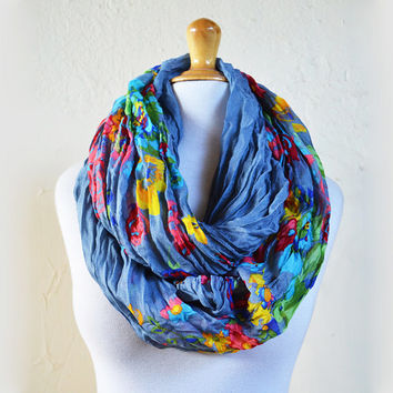 Womens infinity scarf GREY with colored floral pattern - shawl neckwarmer - accessories - loop