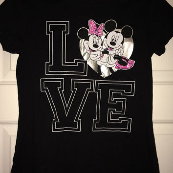 Sale!! Vintage MICKEY and MINNIE MOUSE Love black T shirt Disney clothing tee