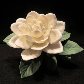 LENOX Garden Flowers,Gardenia,Porcelain Flower Sculpture, Handcrafted in China   (1587)   ***