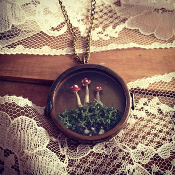 Round Handmade Red Mushroom Terrarium Shadow Box Necklace Locket Woodland Vintage style Alice In Wonderland Woodsy red mushrooms