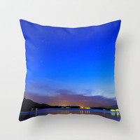 Orion, Tauro and Pleyades at sunset Throw Pillow by Guido Montañés