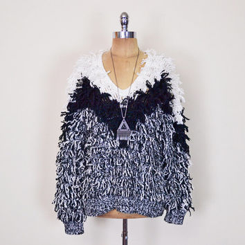 Vintage 80s Black & White Chevron Stripe Shaggy Sweater Jumper Fringe Furry Sweater Fuzzy Sweater Chubby Sweater Oversize Sweater Women M L