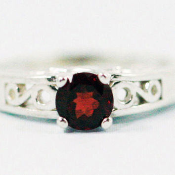 Garnet Filigree Ring Sterling Silver, January Birthstone Ring, Garnet Solitaire Ring, Sterling Silver Filigree Ring, Garnet Filigree Ring