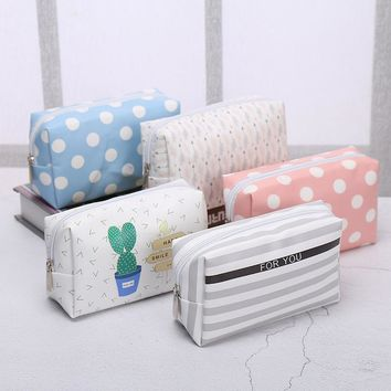 Korean Style Toiletry Bags Travel PU Leather Cosmetic Bag Small Organizer Women Makeup Bag Make up Case Beauty Storage Wash bag