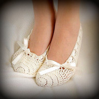 ON SALE! Crochet Slippers Crochet Flats Indoor Shoes House Shoes Women Fashion Accessories Bridal Gift Handmade Gift Ideas