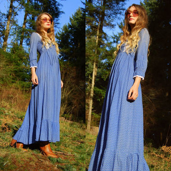 Vintage Laura Ashley Dress, 70's Prairie Dress, Floral China Blue Long Cotton Dress, Victorian Edwardian Maxi Dress, Crochet Lace, Small S