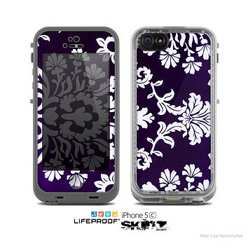 The Blue & White Delicate Pattern Skin for the Apple iPhone 5c LifeProof Case