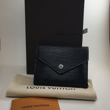WITH BOX! Louis Vuitton Epi Victorine Compact Wallet in Black/Sliver