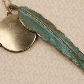 Vintage Gold Pendant Blue Feather Necklace, Blue Feather Locket, Green Feather Long Chain Locket, Copper Pendant, Peacock Locket